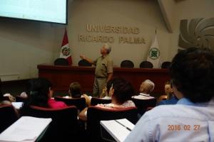 Dr. Guy Carvajal, dicta curso sobre redacción de artículos y tesis. Víctor Coronel (CUNY, New York) será conferencista invitado.