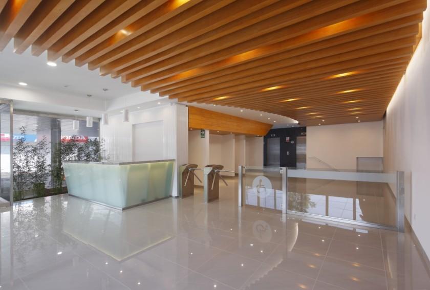 Centro Empresarial Narciso de la Colina Miraflores